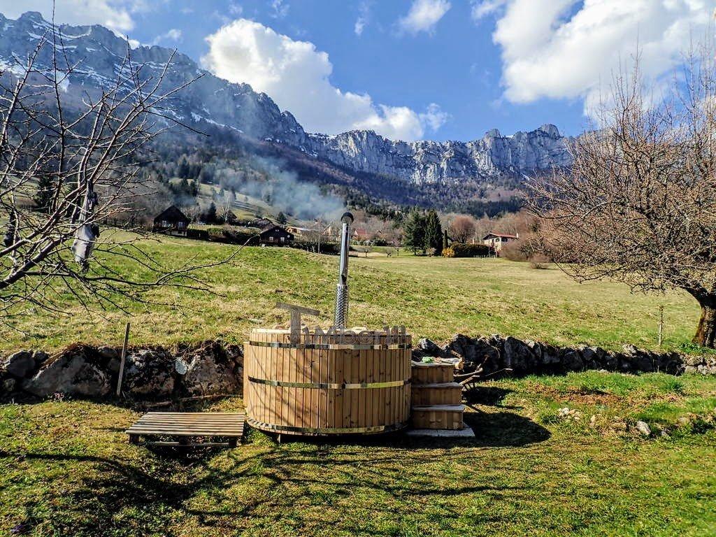 Jacuzzi spa en bois exterieur pour terrasse 6