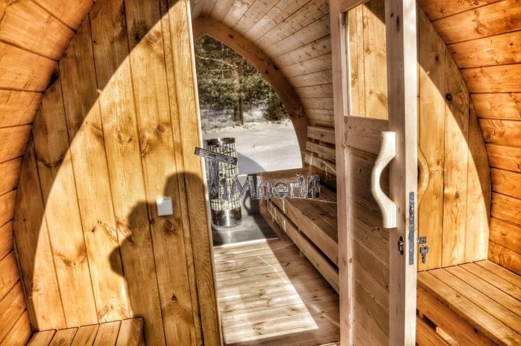jardin ext rieur sauna en bois igloo avec des po les. Black Bedroom Furniture Sets. Home Design Ideas