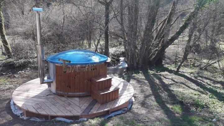 Bain Norvegien En Fibre De Verre Thermo Bois Royal, Eddy Val Suzon, France
