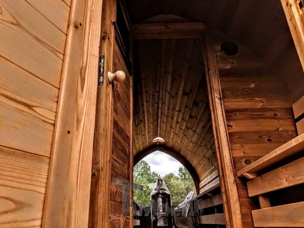 sauna ext rieur igloo avec remorque vestiaire et po le bois harvia. Black Bedroom Furniture Sets. Home Design Ideas