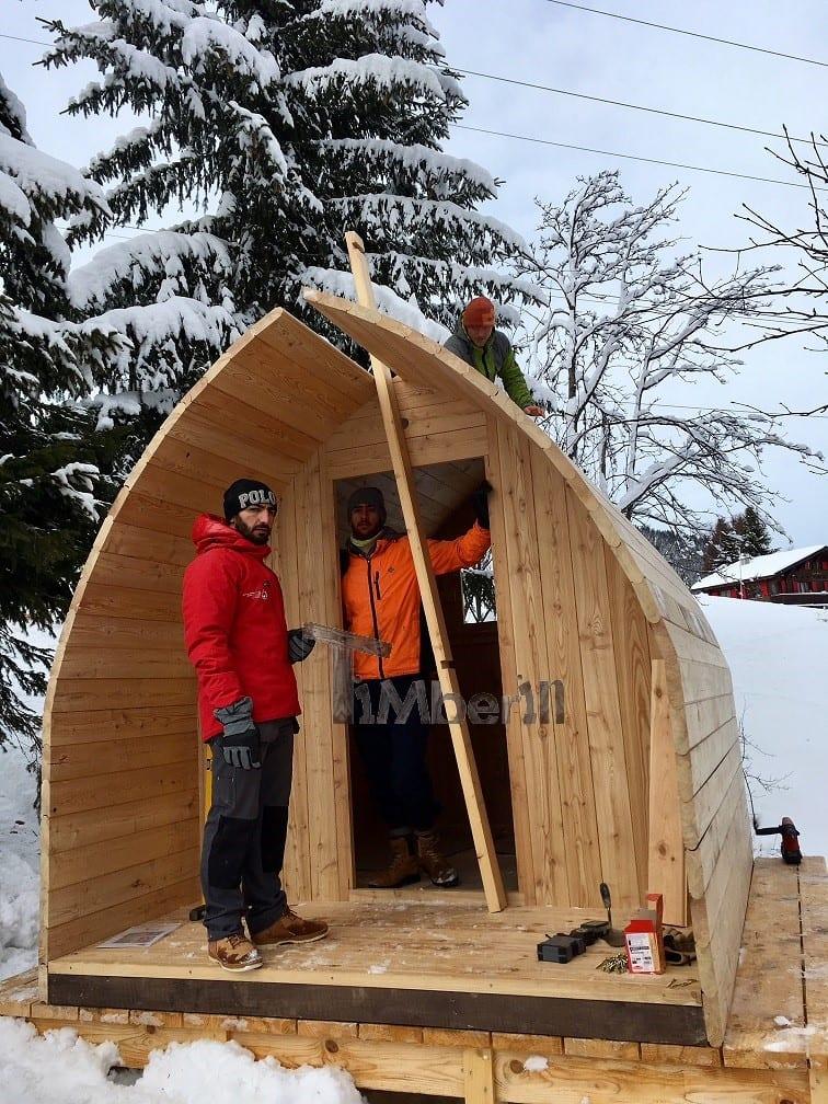 Jardin extérieur sauna en bois Igloo design Cédric Les Mosses Suisse 1
